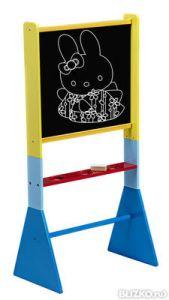 Holzspielzeug Tafel mit blauem Ständer